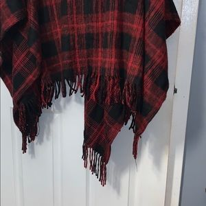 Steve Madden Accessories - Steve Madden Plaid Poncho